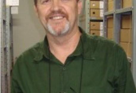 Prof. Ms. Osmar Witt, arquivista do Arquivo Histórico da IECLB