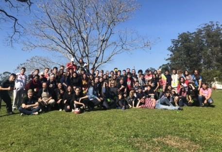 Retiro motiva jovens da União das Comunidades de Porto Alegre, Alvorada e Viamão a refletir sobre o uso das redes sociais
