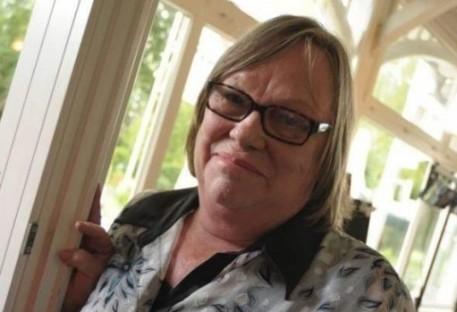 Gratidão a Deus pela vida de Karin Seubert