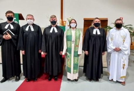 Culto de Instalação do P. Gilson Hoepfner acontece em Farroupilha