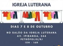 Comunidade de Petrópolis/RJ realiza Bazar Beneficente